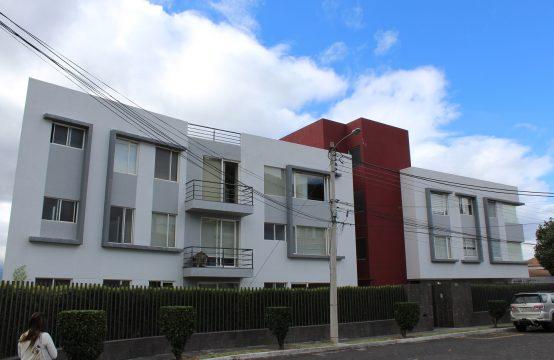 Departamento de venta en San Isidro, a tan solo 7 minutos de Quito y Cumbaya