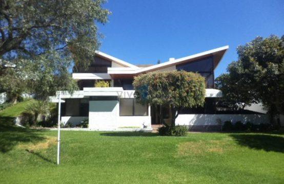 Casa en venta Cumbaya 1200m2 terreno 5 dormitorios