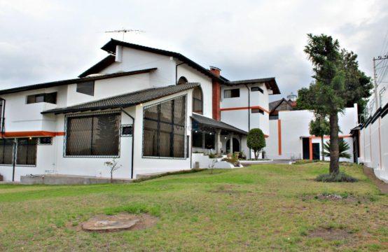 Casa de venta Arriendo ideal para Hotel, 16 Habitaciones