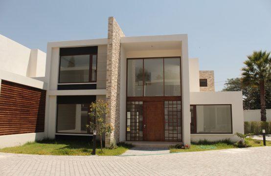 Casa en venta Tumbaco Urbanización Privada