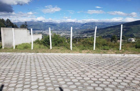 Terreno en venta Cumbaya San Juan 1000m2
