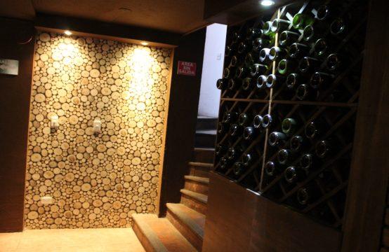 Arriendo Locales Comerciales en Cumbaya adecuado para Bar Restaurante