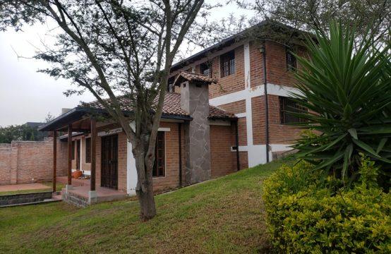 Casa en arriendo Tumbaco 1100m2 de Terreno
