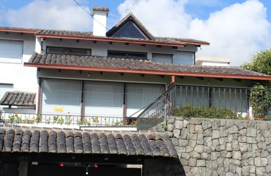 Casa independiente de venta en Quito
