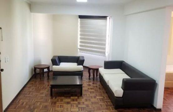 DE OPORTUNIDAD!! Departamento en Arriendo Semi amoblado en QUITO, Excelente ubicación 10 de Agosto y Naciones Unidas