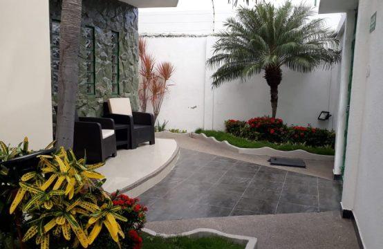 Hotel Amoblado en Arriendo Manta