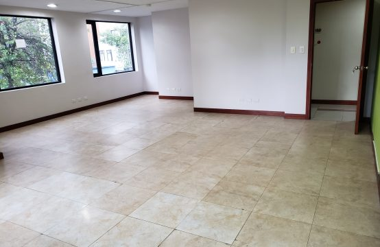 Oficina de arriendo Quito Sector Juan Leon Mera