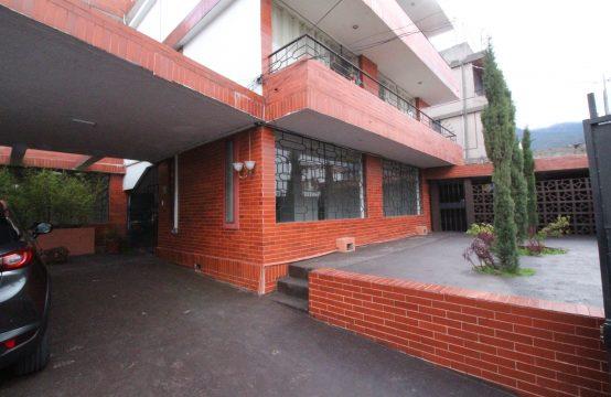 Departamento de Arriendo 4 dormitorios Antiguo Aerpuerto