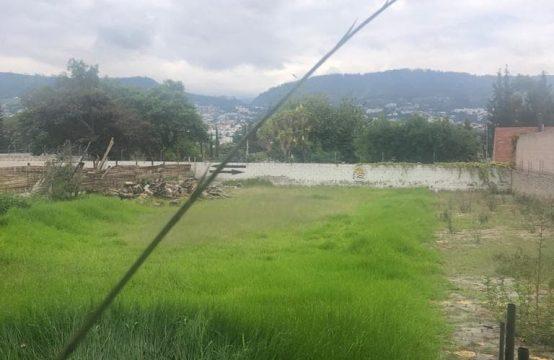 Terreno en venta Tumbaco 902m2 Urbanización Privada