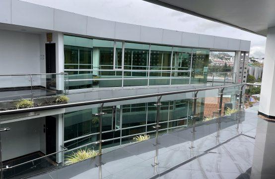 Oficina de arriendo en Cumbayá de 75 m2